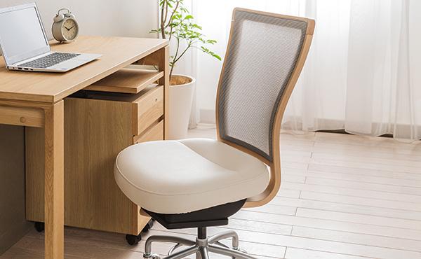 <span>快適デスクチェア特集</span>快適なテレワークは快適なデスクチェアから! 座り心地に定評のあるモデルをご紹介。
